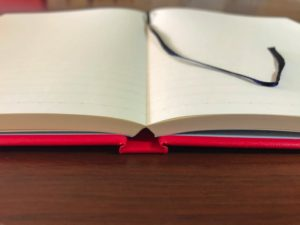 ナカプリバイン プレミアム A5判 7.5mm横罫 200頁 水平開き(ナカプリバイン)の見開き